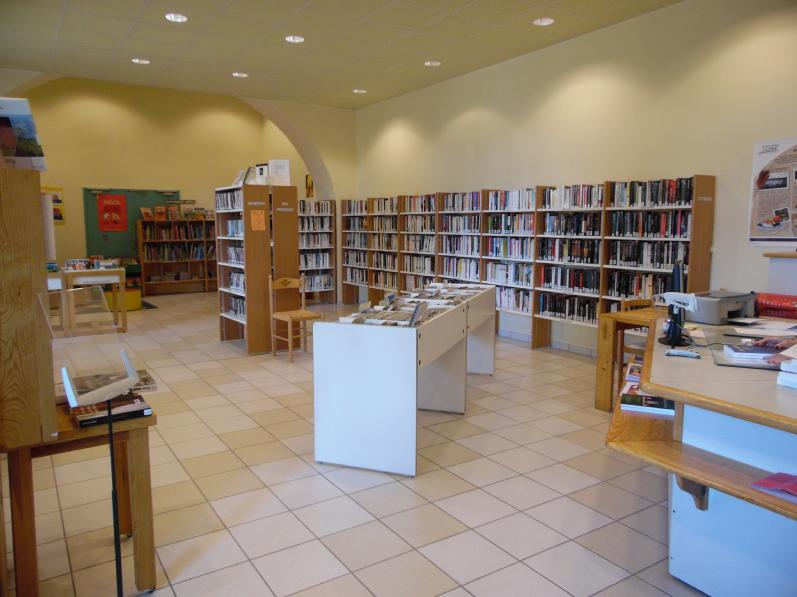 photo-mediatheque-belmont-de-la-loire.jpg